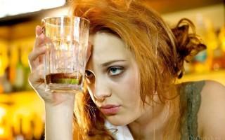 Эффективные методы снятия отеков с лица после пьянки
